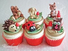 Woodland animal cupcakes - perfect for the shower! Fancy Cakes, Cute Cakes, Baby Shower Cookies, Shower Cake, Cake Pops, Woodland Cake, Woodland Party, Woodland Theme, Cupcake Couture