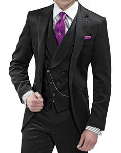 All black suit with purple to accentuate. Other colors to use include: baby blue, canary yellow, blood red,… Sharp Dressed Man, Well Dressed Men, Suit Fashion, Mens Fashion, All Black Suit, Mode Chic, Suit And Tie, Gentleman Style, Mens Suits