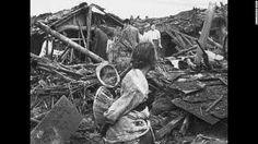 Tijdens de Koreaanse oorlog zijn er een heleboel mensen gewond geraakt en gedood. de geschatte doden en gewonden zijn 2 miljoen Koreanen.