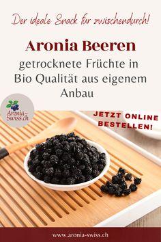 Unsere Bio Aronia Beeren sind ein toller Snack, pur oder morgens im Müsli für deinen Energie Kick am Morgen! Superfoods, Pudding, Desserts, Healthy Food, Acre, Tailgate Desserts, Deserts, Custard Pudding, Postres