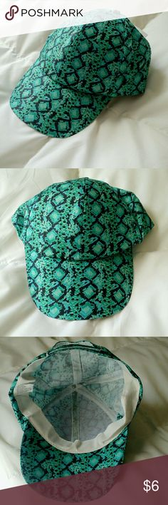 Silk Print Reptile Cap NWT! A very nice cap. Colors are a very cool Turquoise and Gay/Black. Velcro closure for comfort. 100% Polyester and washable! Accessories Hats