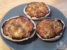 Deze koolhydraatarme pizza-paddenstoelen zijn tongstrelend lekker!