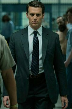 Jonathan Groff as Holden Ford in Netflix Mindhunter. Netflix released official trailer for this new series on 1 August 2017. Series premiere 13 October 2017.