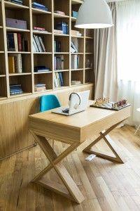 Astăzi sunt preferate tot mai mult combinațiile de modern cu rustic, poate pentru că oamenii încă mai păstrează aprecierea pentru tradiție și respectul față de natură. Mai, Corner Desk, Rustic, Modern, Projects, Furniture, Home Decor, Corner Table, Country Primitive