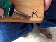 How to Etch Wood with a Wood Burning Pen ~ Trendy Mom Reviews #Crafts #DIY #Woodwork