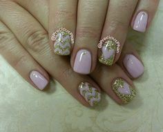 Pink and gold nails. Chevron and hearts. #PreciousPhanNails