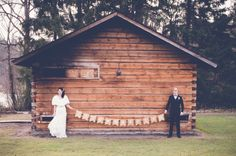 Just married! Wedding portrait near Hämeenlinna, Finland. www.valokuvausoxa.com
