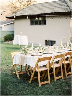 outdoor wedding reception seating // Photography: Rebecca Hollis Photography