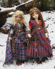 Celtic doll costumes from Antique Lilac