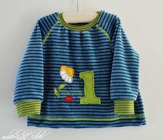 1. Geburtstag Geburtstagsshirt Raglanshirt mit Coverlock-Deckstich, Gr. 80 Baby, Shirts, Sewing, Third Child, Kids, Dressmaking, Couture, Stitching, Baby Humor