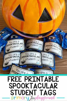 Looking for a fun treat to give to your students for Halloween? Let them know that they are SPOOKTACULAR with these fun tags.