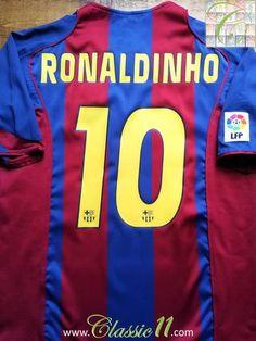 624309cb8fe 2004/05 Barcelona Home La Liga Football Shirt Ronaldinho #10 (XL)