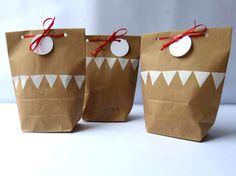 3 Geschenktüten Wimpelkette von limited auf DaWanda.com