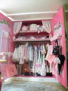 It's Your Castle's… Closet! | ParfaitDoll.com - Lolita closet