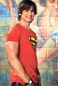 Shahid Kapoor Celebrity Measurements, Mira Rajput, Shahid Kapoor, Beautiful Men Faces, How To Look Handsome, Got The Look, Movie Photo, Bollywood Actors, Good Looking Men