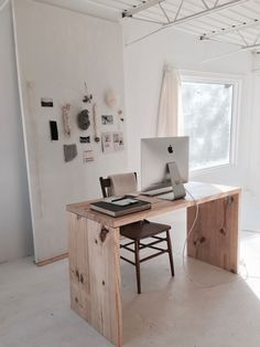 Inside Han Starnes's Dreamily Minimalist Nashville Studio | Of a Kind