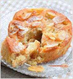 Amandines aux poires French Desserts, No Bake Desserts, Dessert Recipes, Cooking Chef, Cooking Recipes, Fall Recipes, Sweet Recipes, Confort Food, Sweet Corner