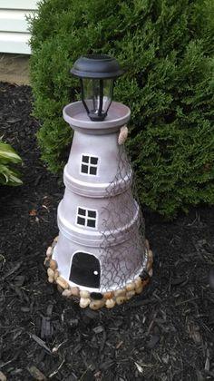 Flower Pot Art, Clay Flower Pots, Flower Pot Crafts, Painted Flower Pots, Painted Pots, Clay Pots, Beach Crafts, Diy Home Crafts, Garden Crafts