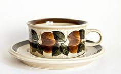 ARABIA Ruija - Vintage Wide Coffee Cups , beautiful condition $32 ea