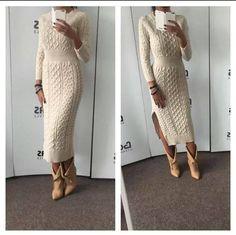Rochie tricotata 3/4 cu crapatura