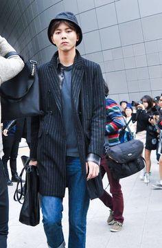 Street style: Joo Woo Jae at Seoul Fashion Week Spring 2015 shot by Jeon Seung Ho