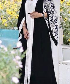 Pin by medo on Fashion for women in 2019 Abaya Style, Hijab Style Dress, Iranian Women Fashion, Islamic Fashion, Muslim Fashion, Abaya Designs, Mode Niqab, Modern Abaya, Niqab Fashion