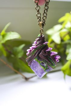 Magic-crystal-pendant-amethyst-forest-moss-polymer