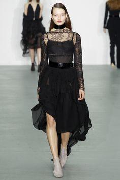 Antonio Berardi Fall 2016 Ready-to-Wear Fashion Show