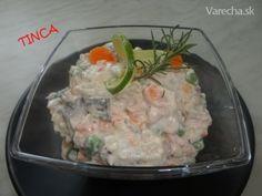 Rybací kusový šalát (fotorecept) - recept | Varecha.sk Potato Salad, Ale, Salads, Potatoes, Meat, Chicken, Ethnic Recipes, Food, Ale Beer