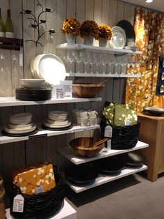 Crate & Barrel - New York - Homewares - Cook & Dine - Bedding - Furniture - Home Accessories - Visual Merchandising - Landscape - Lifestyle - Clear Retail - www.clearretailgroup.eu