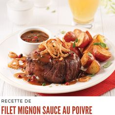 Filet Mignon with Pepper Sauce Filet Mignon Sauce, Weeknight Meals, Easy Meals, Sauce Au Poivre, Breakfast Dessert, Pot Roast, Main Dishes, Yummy Food, Yummy Recipes