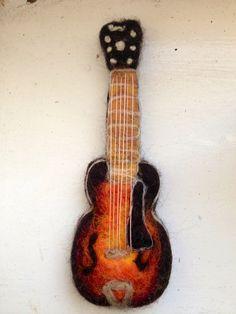 Needle Felt Gibson L7 electric guitar by jenifelt on Etsy, £39.99