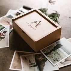 Wooden Box Keepsake Box New Mom Gift Gifts for Mom Baby Keepsake Box Personalized Gift Wedding Wooden Photo Box, Wooden Gift Boxes, Wooden Gifts, Personalised Box, Personalized Wedding Gifts, Gifts For New Moms, New Baby Gifts, Pc Hp, Card Box Wedding