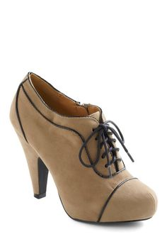 Feeling Fetching Heel | Mod Retro Vintage Heels | ModCloth.com. I'm actually digging these heels!!! Prob my first pair?? Hopefully!