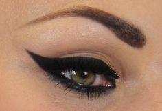 cool Элегантный макияж для зеленых глаз — Пошаговое фото вечерних и дневных вариантов Читай больше http://avrorra.com/makijazh-dlja-zelenyh-glaz-foto-poshagovoe/