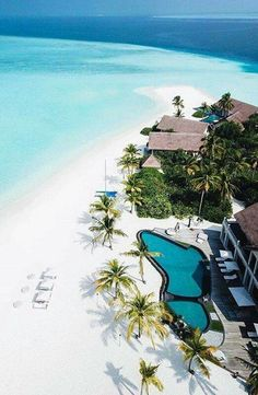 Four Seasons Private Island Maldives - via Hotels and Resorts on : Amazing Destinations - International Tips - Dream - Exotic Tropical Tourist Spots - Adventure Travel Ideas - Luxury and Beautiful Resorts Pictures by Vacation Places, Dream Vacations, Vacation Spots, Places To Travel, Places To Visit, Tourist Spots, Travel Destinations, Beautiful Islands, Beautiful Beaches