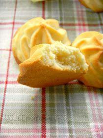 DOLCEmente SALATO: Biscotti al limone Italian Almond Biscuits, Italian Cookies, Italian Desserts, Italian Recipes, Biscotti Cookies, Galletas Cookies, Biscuit Dessert Recipe, Dessert Recipes, Beignets