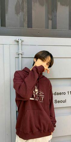 Jung Woo, Lock Screen Wallpaper, Nct 127, Nct Dream, Seoul, Hooded Jacket, Husband, Kpop, Boys
