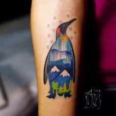 По своему рисунку. #penguin #tattoo #lau3 #lau3 #psychodelic #northernlights #fusionink #wowtattoo #tattooloveart