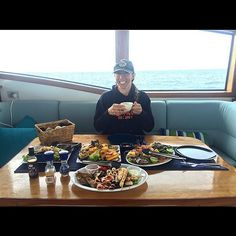 Catered lunch on a chartered boat after Scuba diving the Great Barrier Reef... If you would have told me back in high school this is where I'd be as a result of all my hard work and hustle I would have laughed at you. Never in a million years would I ever have thought I'd be here. Never in a million years will I stop by hustle and grind. Embedded in me for so long now. Forever in my DNA.  So me realizing this of late has caused me to begin speaking at many overlooked schools here in NYC to…