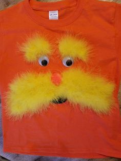 DIY Lorax costume shirt for Dr. Seuss Day You are in the right place about dr seuss costumes for wom Lorax Costume, Dr Seuss Costumes, Book Costumes, Book Character Costumes, Book Week Costume, Diy Costumes, Halloween Costumes, Dr Suess Characters, Book Characters
