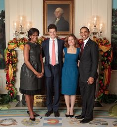 Michelle Obama 2011 AFP in an Alexis Bittar Flower Pin ...