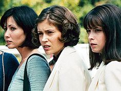 Alyssa Milano, Shannen Doherty, ... | TWISTED SISTERS Doherty, Alyssa Milano, and Holly Marie Combs