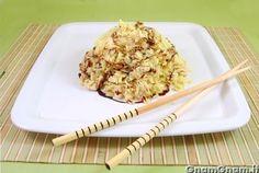 Riso al pollo e curry – Asian Foods Krispie Treats, Rice Krispies, Curry, Asian Recipes, Asian Foods, Chicken Recipes, Dishes, Breakfast, Desserts