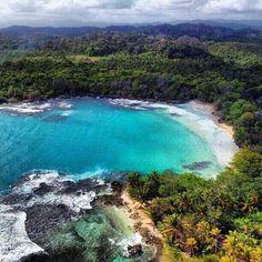 Paraiso visto desde el aire de Guna Yala Panamá.