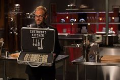 Here's a Preview of Cutthroat Kitchen, Alton Brown's New Food Network Show