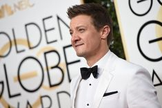 Actor Jeremy Renner arrives at the 74th annual Golden Globe Awards, January 8, 2017, at the Beverly Hilton Hotel in Beverly Hills, California. / AFP / VALERIE MACON