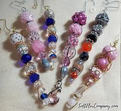 Easy to Make Beaded Icicle Ornaments - Soft Flex Company Glitter Ornaments, Beaded Ornaments, Ornament Crafts, Xmas Ornaments, Ornament Hooks, Vintage Ornaments, Ornament Tutorial, Beads Tutorial, Beaded Christmas Decorations
