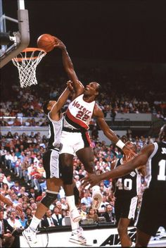 Blazers vs Spurs, Clyde Drexler.