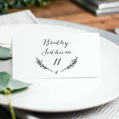 Rustic Wedding Place Cards Template Printable by KarlyKDesignShop Card Table Wedding, Wedding Table Numbers, Wedding Place Cards, Card Templates Printable, Place Card Template, Free Printable, Wedding Templates, Wedding Invitation Templates, Wedding Stationary